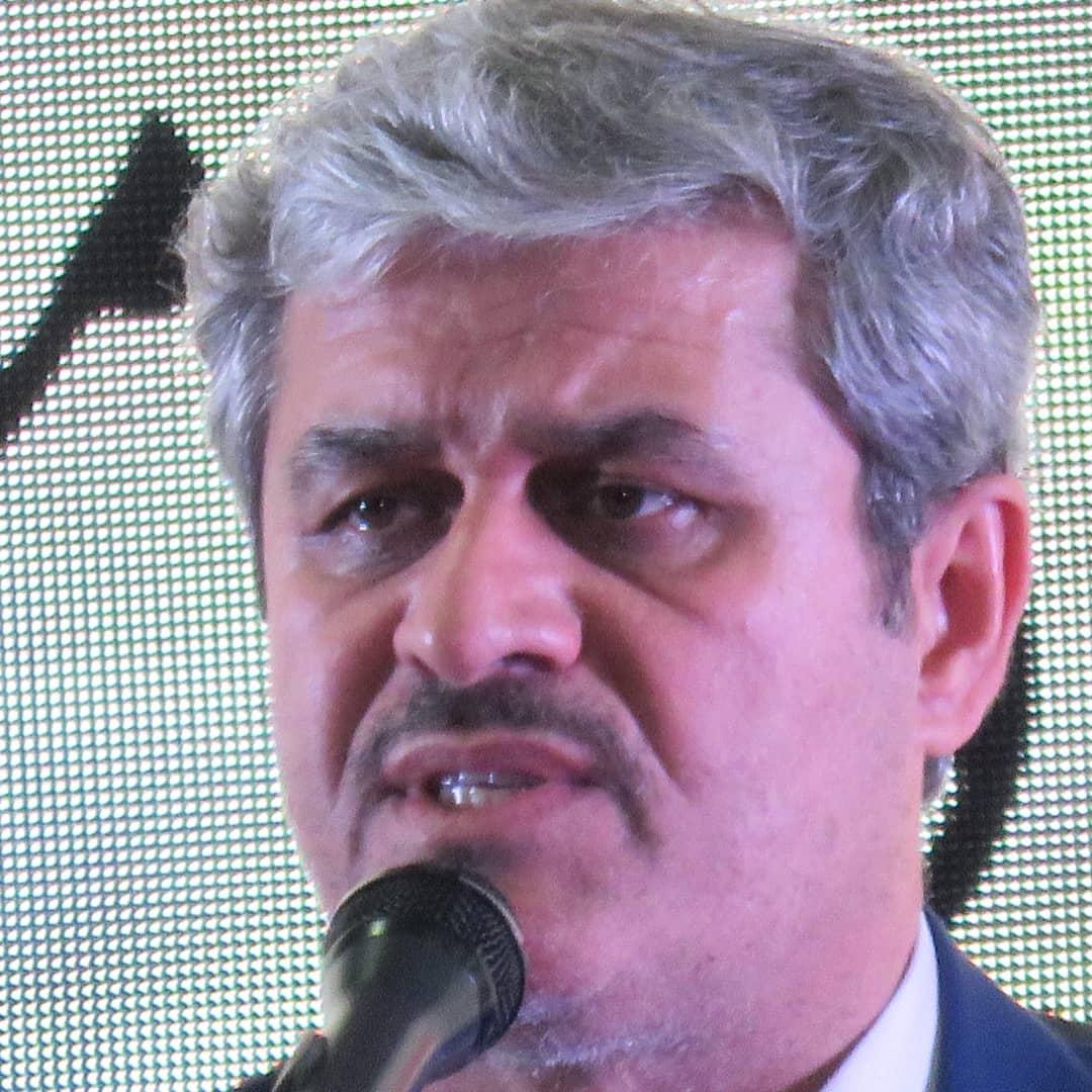 """غلامرضا تاجگردون صدای مخالفانش را """"صدای کلاغان بدآواز"""" خواند"""
