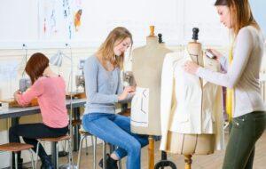 با 5 طراح مشهور و ثروتمند لباس آشنا شوید