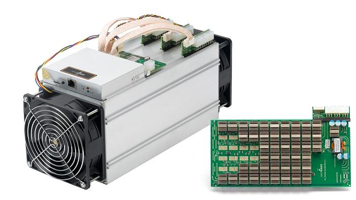 کشف ۸۰ دستگاه ماینر قاچاق در شرکت ماشین سازی گچساران